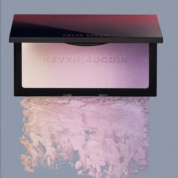 4985a1bc766 Kevyn Aucoin Makeup | The Neo Limelight Highlighter Ibiza | Poshmark